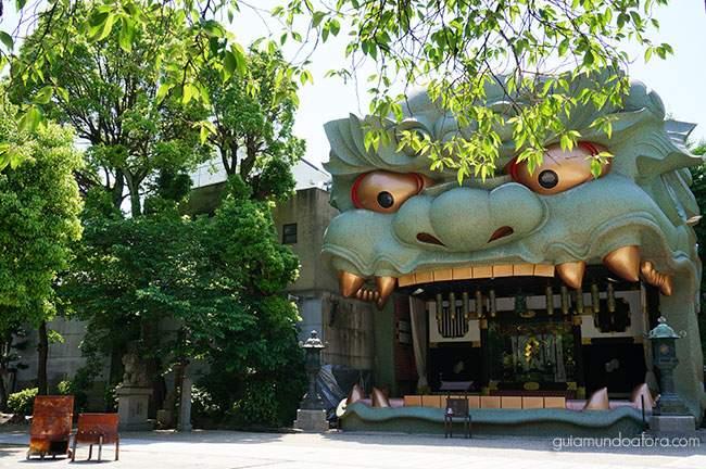 templo de dragão em Osaka no Japão