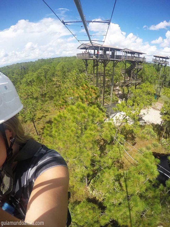 zip-line-altura-min-650x867 Tirolesa perto de Orlando: aventura no Forever Florida