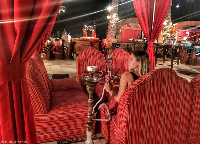 Amaseen-shisha-min-780x560 5 restaurantes deliciosos e temáticos para comer em Dubai