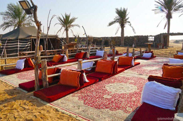 acampamento-platinum-min-780x518 Passeio de balão em Dubai com safari: imersão no deserto!