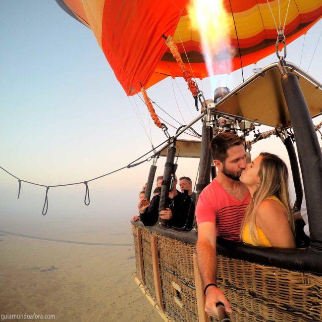 balao-dubai-platinum-min-650x650 Passeio de balão em Dubai com safari: imersão no deserto!