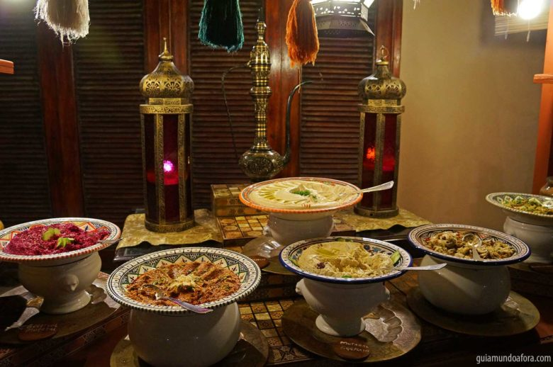 comidas-amaseena-min-780x518 5 restaurantes deliciosos e temáticos para comer em Dubai
