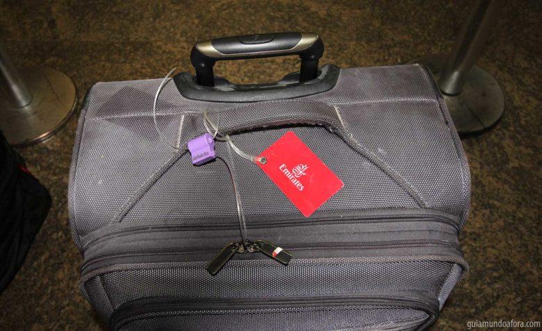 mala-protegida-min-780x477 Como se proteger de roubos de malas no aeroporto!