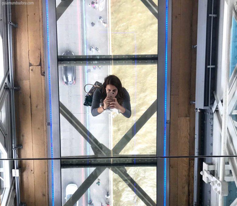 chão de vidro Tower Bridge