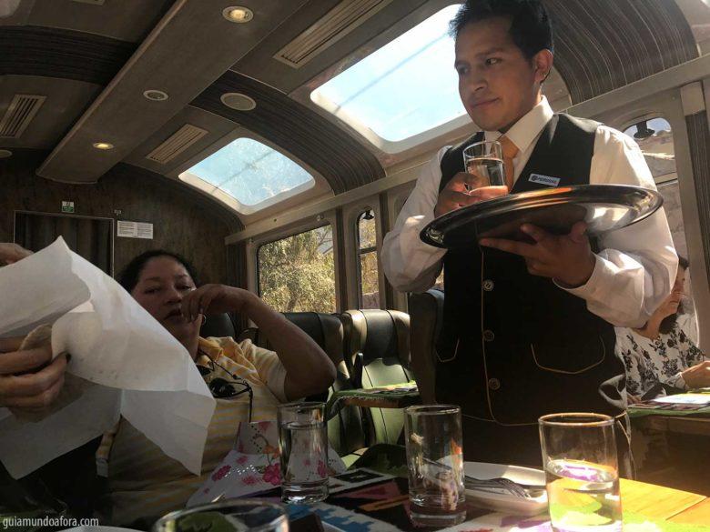 servico-trem-machu-picchu-min-780x585 Trem para Machu Picchu: como é o Vistadome da Peru Rail