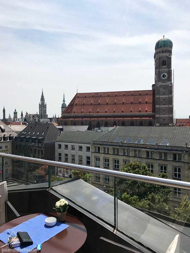 Terraço do Bayerischer Hof
