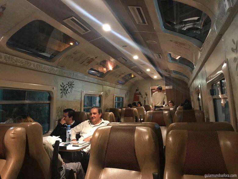 trem-peru-rail-expedition-min-780x585 Trem para Machu Picchu: como é o Vistadome da Peru Rail