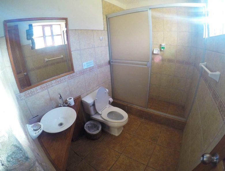 banheiro-lodge-780x593 Trilha Ausangate e Vinicunca (dia 2): o lodge mais alto do mundo