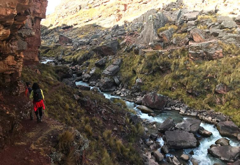 solo-trilha-780x536 Trilha Ausangate e Vinicunca (dia 1): aclimatação no Peru