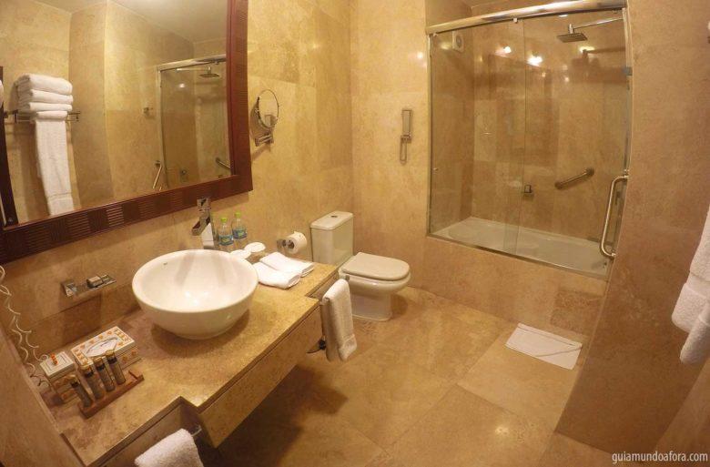 banheiro-sumaq-min-780x513 Hotel em Águas Calientes: o luxuoso SUMAQ