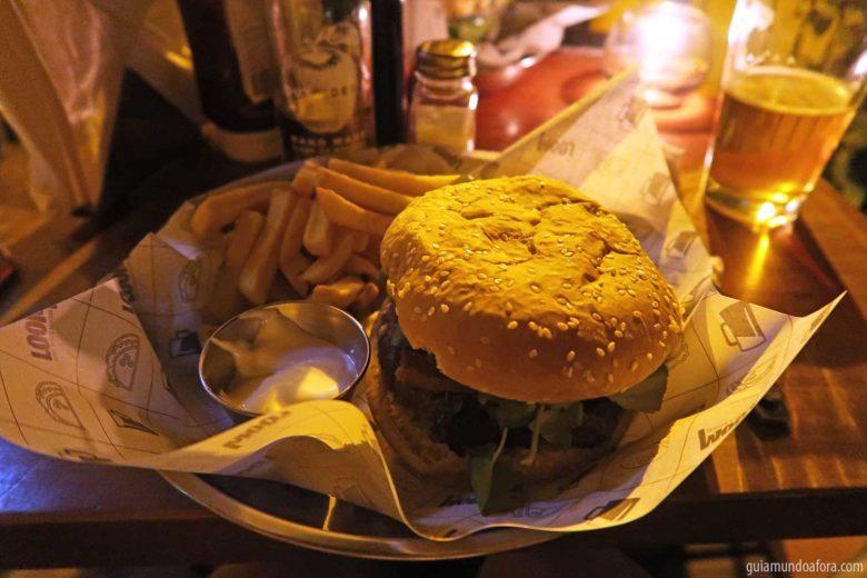 hamburguer-loom-min-780x520 Top 3 bares em Santiago com hambuguer e cerveja!