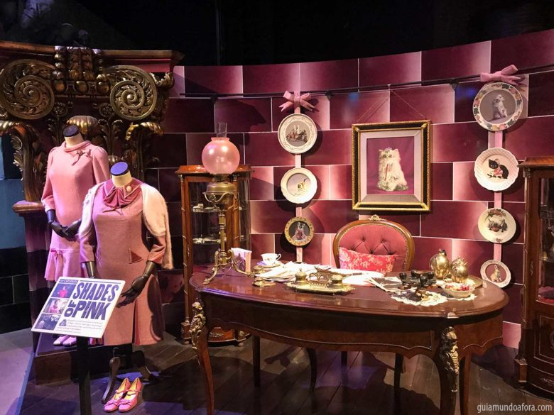 sala-umbridge-min-780x585 Quanto custa e como chegar nos Estúdios do Harry Potter em Londres?