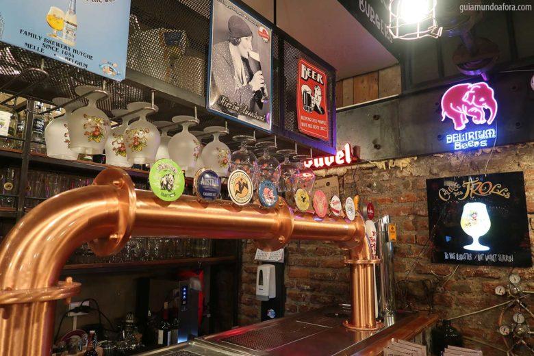 uncle-fletch-min-780x520 Top 3 bares em Santiago com hambuguer e cerveja!