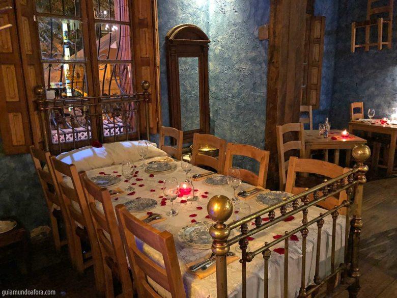 como-agua-chocolates-santiago-min-780x585 Onde comer em Santiago: Top 3 restaurantes deliciosos!