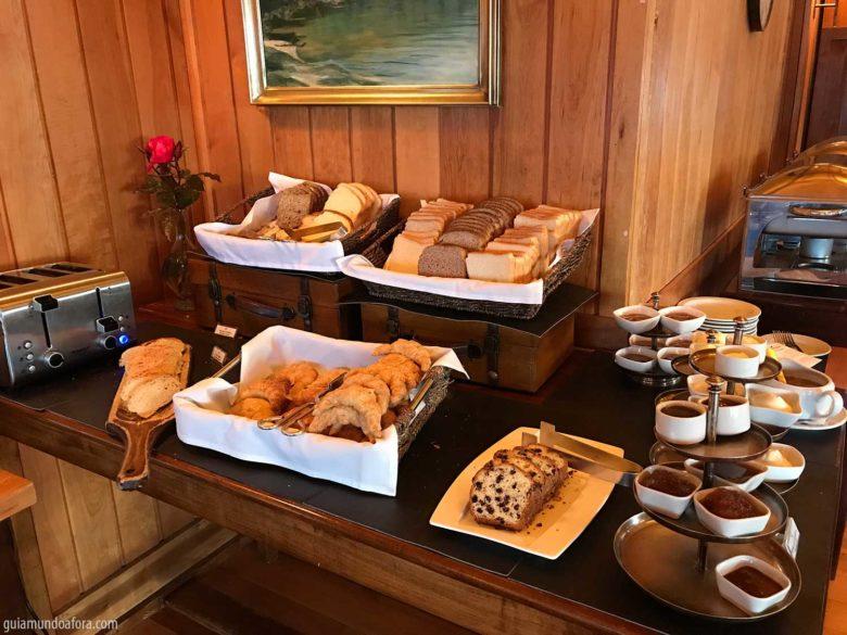 cafe-manha-los-cauquenes-min-780x585 Hotel em Ushuaia Los Cauquenes - aconchego no fim do mundo