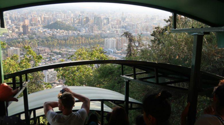 funicular-cerro-san-cristobal-min-780x438 Cerro San Cristóbal: ande de funicular em Santiago do Chile