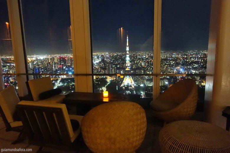 restaurantes em tokyo rooftop andaz